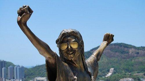 Le monde entier se souvient de Michael Jackson    230415