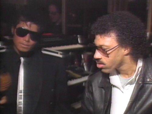 Témoignages de gens qui ont côtoyé ou rencontré Michael. Artistes, des gens qui ont travaillé avec lui, ou pour lui, des amis, de gens de sa famille etc... - Page 14 Lionel
